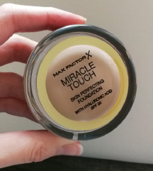 Max Factor Miracle Touch podlaga - 45 Warm Almond