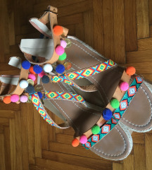Mass pom pom sandali (1x nošeni)