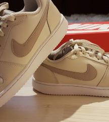 Nike copati, št. 37.5