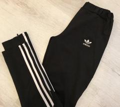 Adidas original pajkice