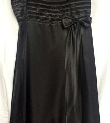 Črna oblekica na naramnice