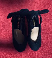 Čevlji-salonarji z mašlo