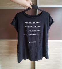 Zara majica z napisom