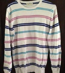 NOV Pisan pulover