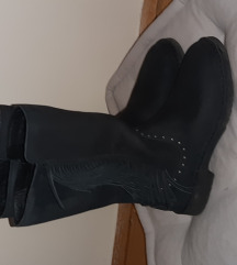 Original Ugg škornji št. 38
