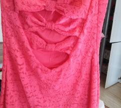 Oblekica s penteljcami na hrbtu