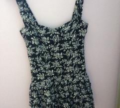 Poletna oblekica z rožicami
