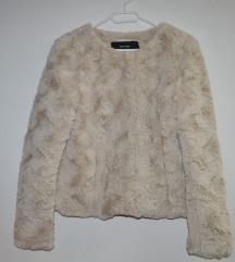 Faux fur jakna z etiketo