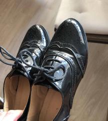 Oxford črni lakasti čevlji
