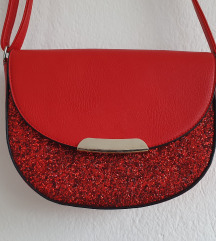 Rdeča torbica z bleščicami