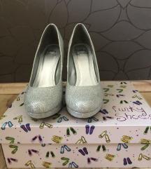 Srebrni čevlji s petko Funky shoes
