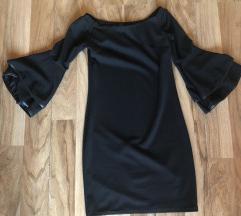 Črna mini oblekca