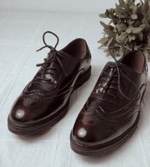 Ženski čevlji, novi, nenošeni 40 (41)