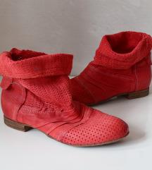 Rdeči jesnski gležnarji