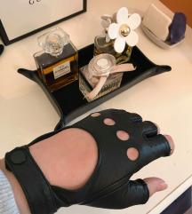 Usnjene rokavice- Naravno usnje- mpc 95 evrov