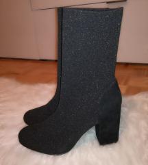 NOVI ženski gležnarji škornji črni 41
