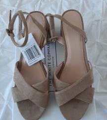 MANGO semiš sandali z etiketo