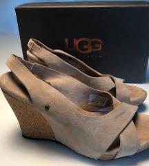 UGG sandali s polno peto (1x nošeni)