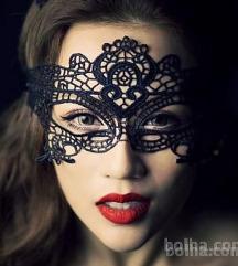 Čipka maska pust kostum