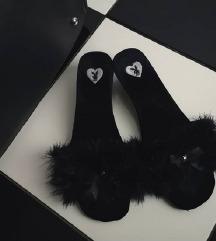 Playboy sandali (pravo perje)