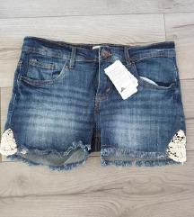 Nove jeans kratke hlače z etiketo ❤️