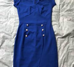 Modra oblekca