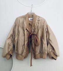 Prehodna bomber jaknica