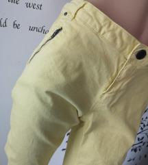 Nove hlače z zadrgami
