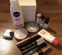 Kozmetika-razno (vse skupaj 15€)