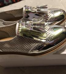 36 čevlji