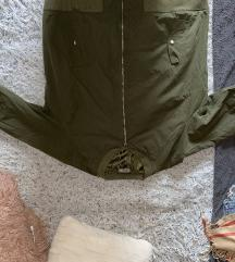 Zelena plus size jakna