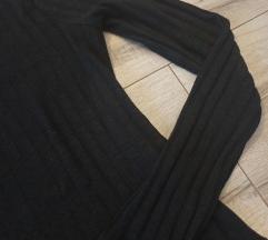 Črna rebrasta majica