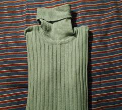 Svetlo modri pulover