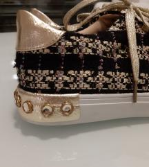 NOVI kjut jesenski čevlji SAMO 14 EUR