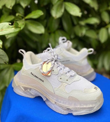 Balenciga White Triple S
