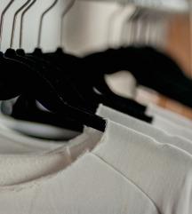Ohranjena oblačila XS, S, M - ugodno!