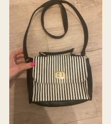 Crtasta torbica