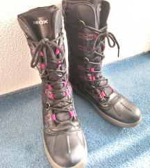 Zimski škornji Geox
