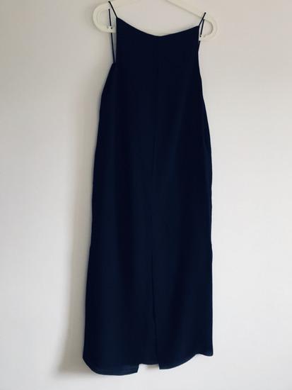 COS koktajl obleka temno-modra