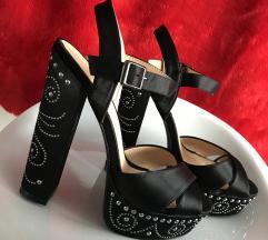 črne elegantne pete 👡
