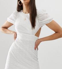 nova obleka z odprtim hrbtom - bela