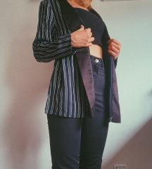 Črtast blazer