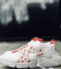 Nike Huarache Supreme LV