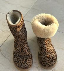 UGGice, škornji