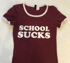 Majica school sucks