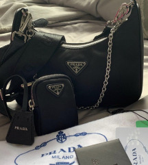 Prada Hobo Re-Edition torbica