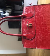 Rdeča torbica