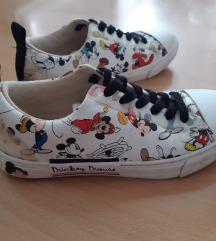 Otroški čevlji Zara Disney, št. 32