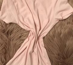 nežno roza kratka majica