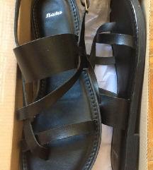 Novi črni sandali 38